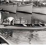 A Smith Island crabbing skiff at the workboat races in Oxford, MD, c. 1925. Photographer unknown. Collection of the Chesapeake Bay Maritime Museum, St. Michaels, MD. Gift of Howard I. Chapelle.