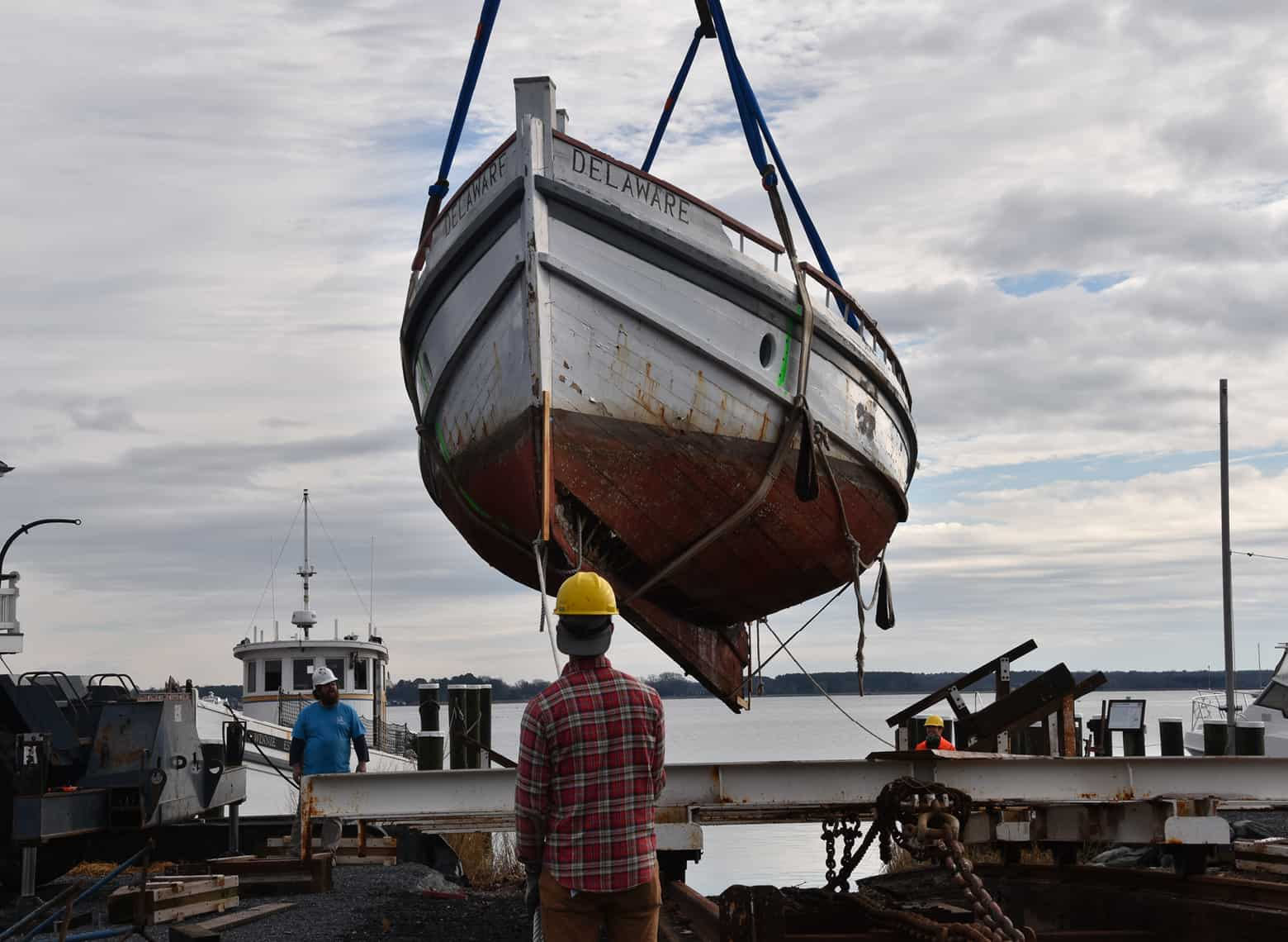Delaware — Craning to the Hard